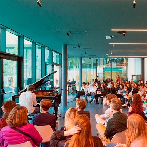 Uno degli eventi di Piano City Milano ospitato dal Milano Luiss Hub