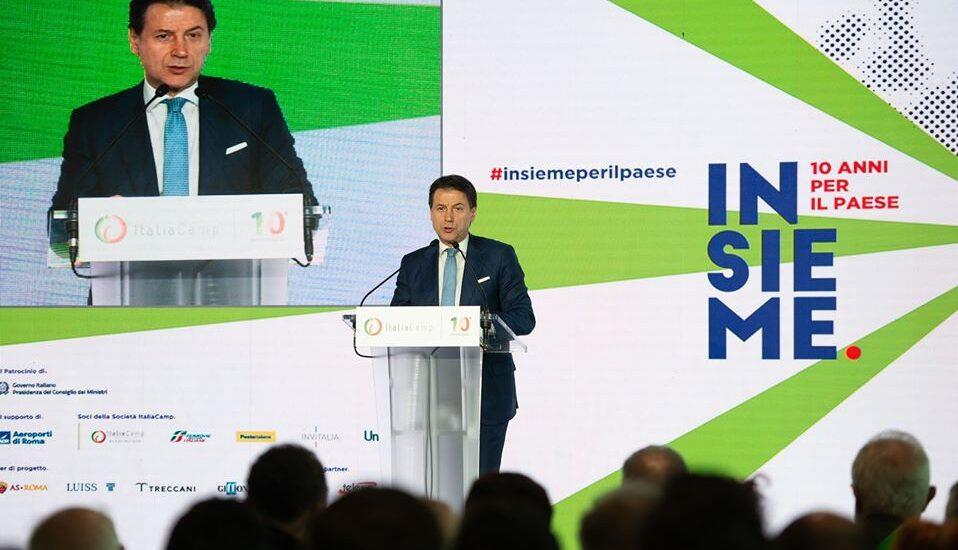 Il premier Conte conclude l'evento Insieme: 10 anni per il Paese
