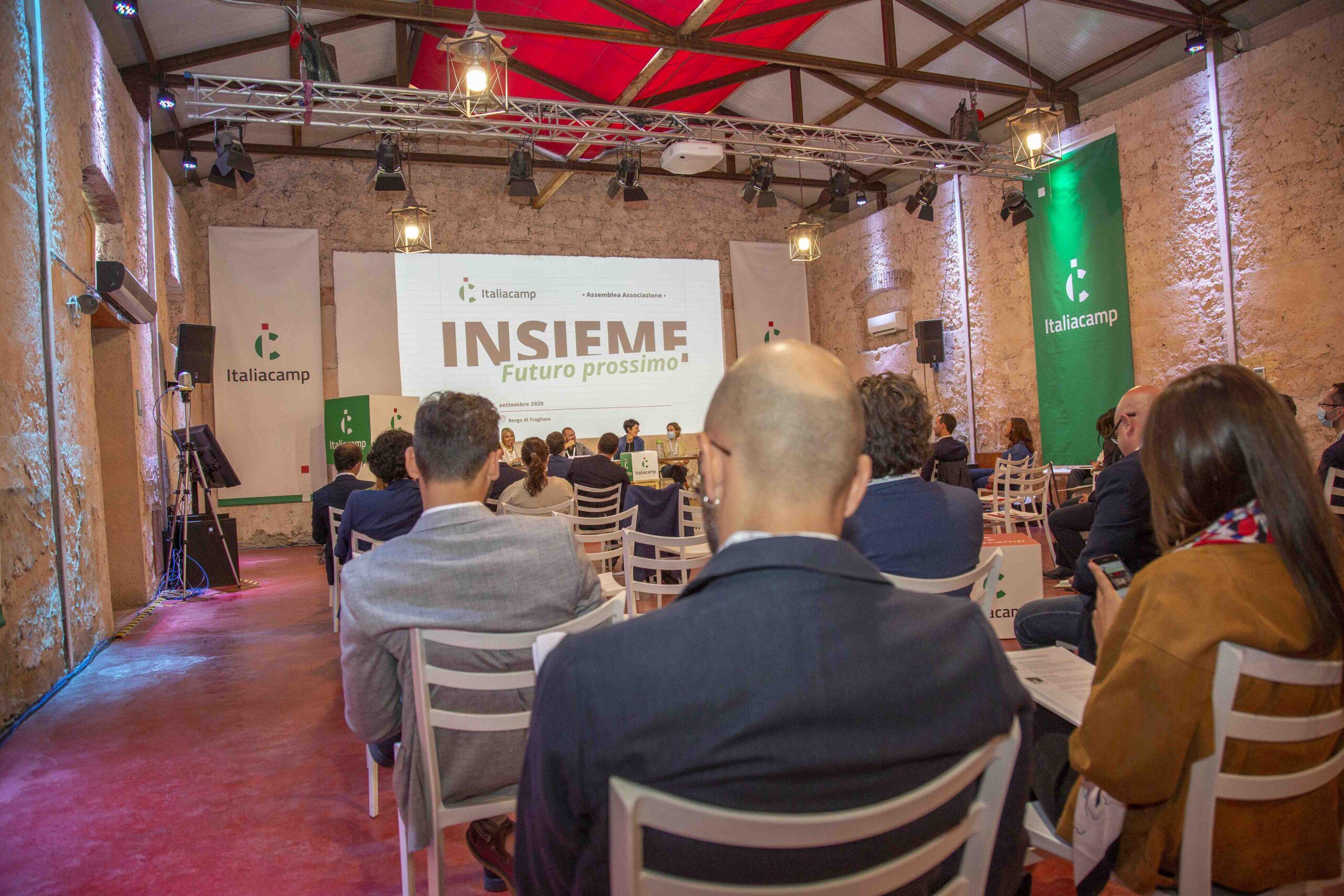platea assemblea associazione Italiacamp